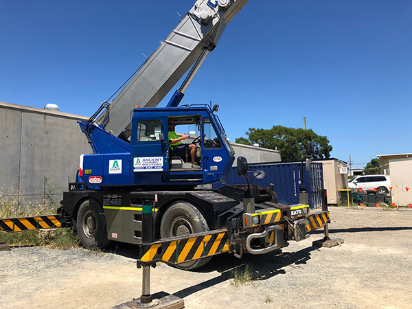 Mobile Slewing Crane - Over 100 Tonnes